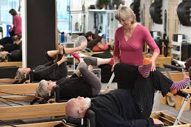 Pilates benefits the elderly, workers, parents, sports people